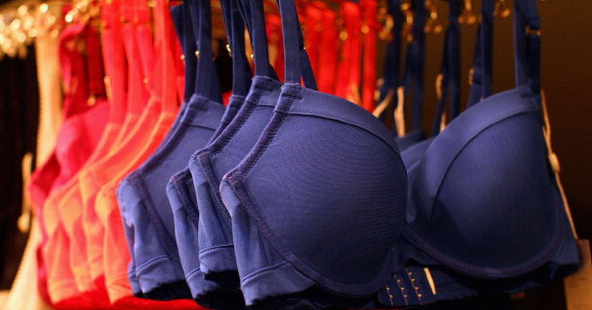 THE Bra-mistake every girl suffers from!