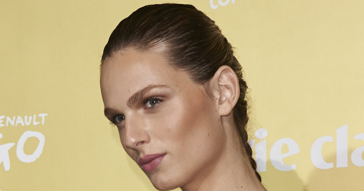 Andreja Pejic is for the first time as a WOMAN on the cover of a magazine