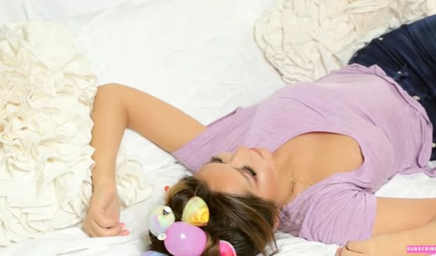 This woman slept with balloons in her hair and you won't believe why!