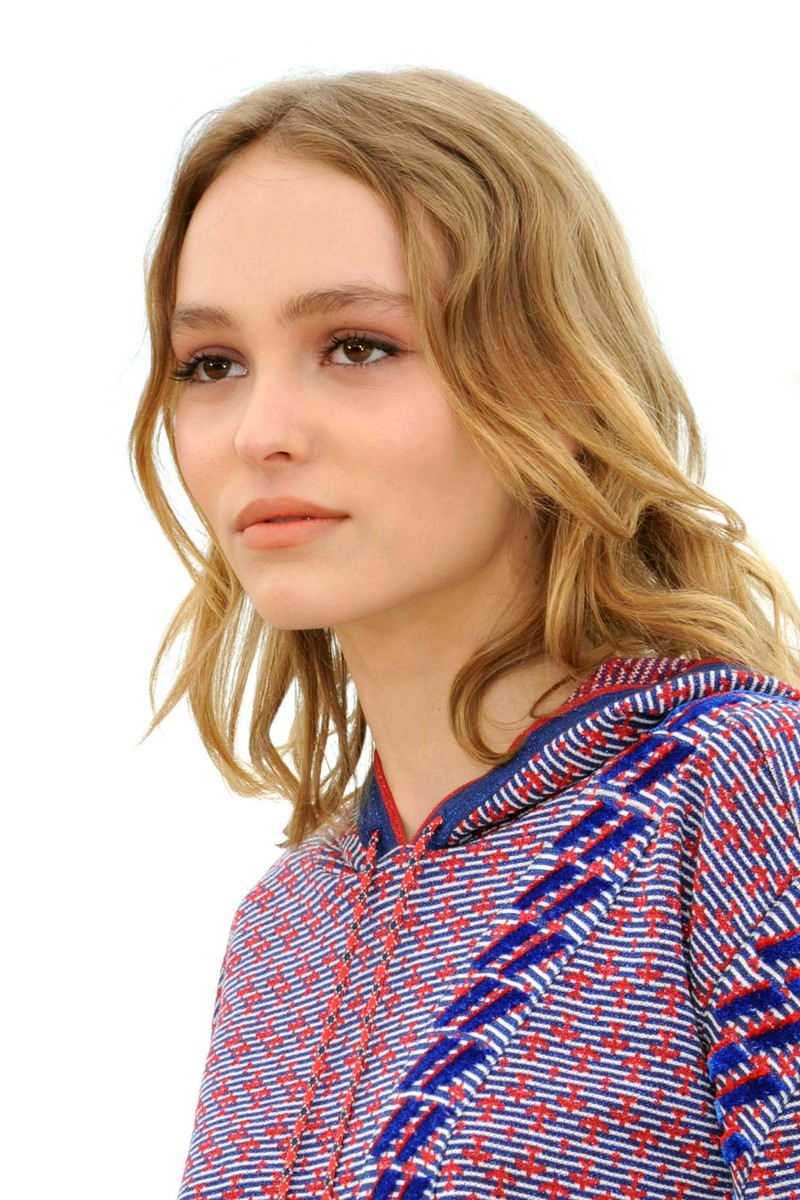 Lily-Rose Depp looks like her mother when she was young.