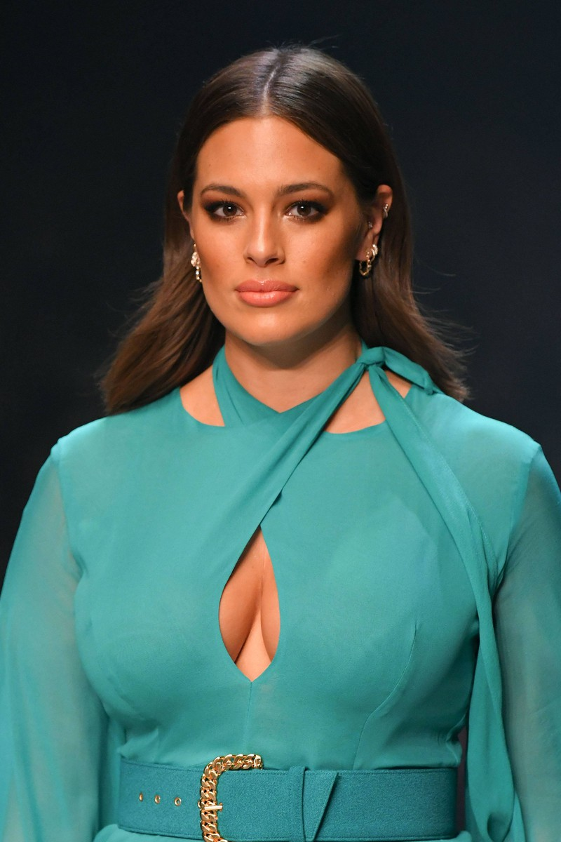 The model Ashley Graham both likes heavy makeup and a more natural look.