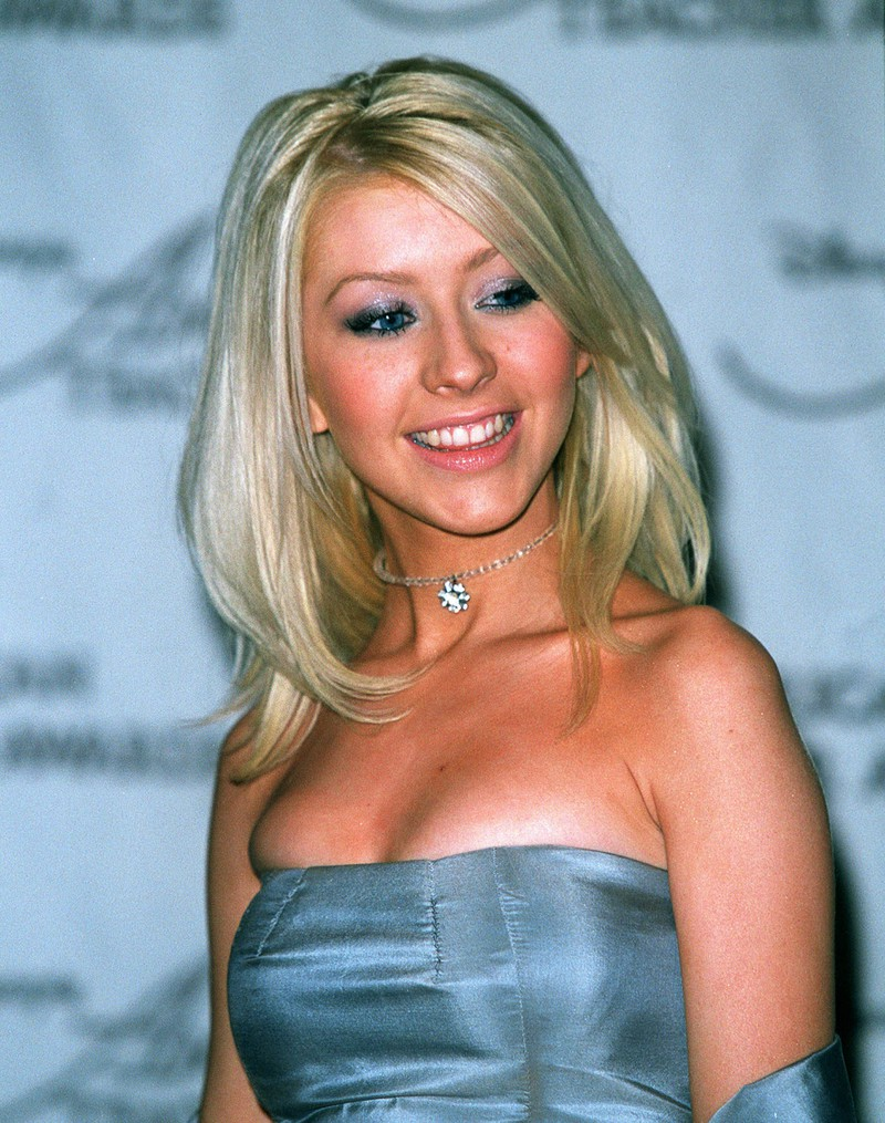 Christina Aguilera influenced beauty trends of the 2000s.