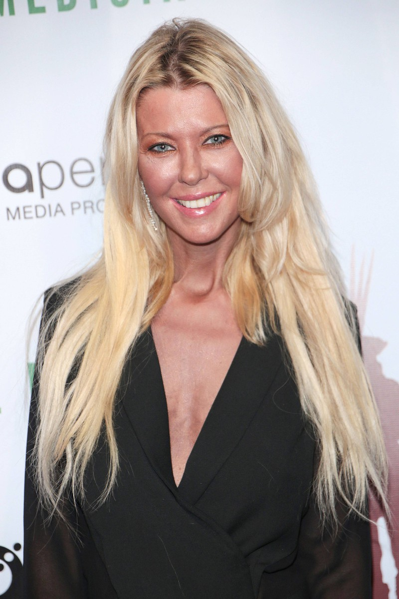 Tara Reid's appearance changed a lot due to her cosmetic surgeries.