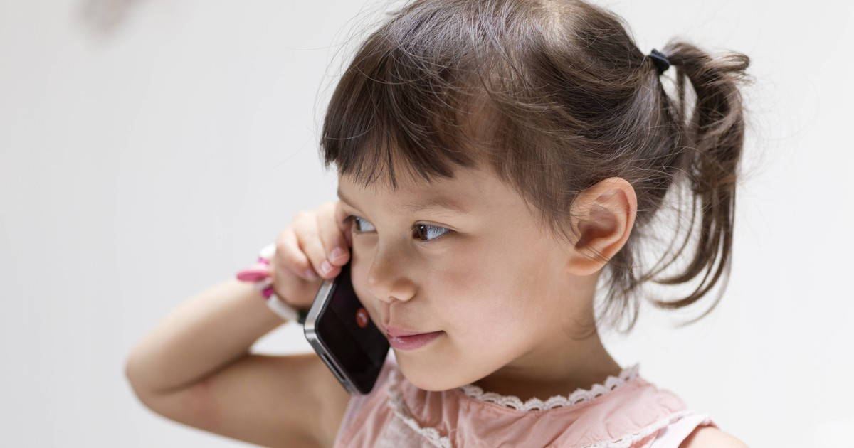 5-Year-Old Girl Calls 911 To Save Her Dad's Life