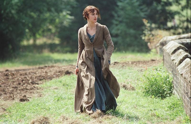 "Lizzie wears rain boots in ""Pride and Prejudice"":"