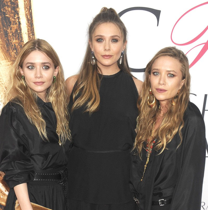 The Olsen Twins, Mary-Kate and Ashley, are sisters with the renowned actress Elizabeth Olsen.