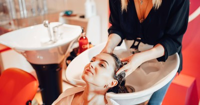 Please Don't Do It! Hairdressers Hate These Things