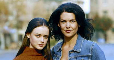"""15 Details About """"Gilmore Girls"""" You Probably Didn't Notice"""